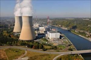 Een kerncentrale in de eigen achtertuin. Je moet al gek zijn om het niet te willen.