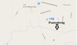 Er is een pontonbrug over de Molenbeek gelegd. Zo worden Noord en Zuid verbonden.