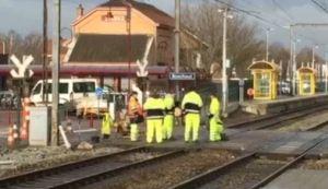 De spooroverweg in Boechout: altijd valt er wat te beleven.
