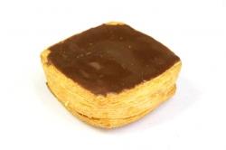 Onder andere zou er in een koffiekoek met pudding en chocolade suiker zijn gevonden.