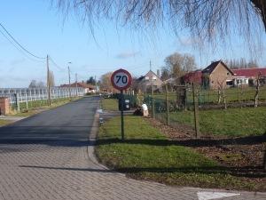 Verkeersbord datduidt op de algemene inburgering van de elektrische fiets.